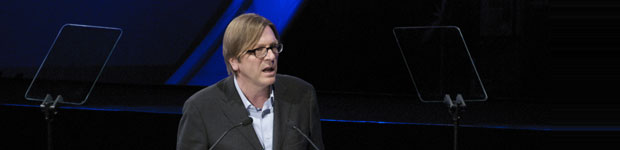 Verhofstadt using a prompter